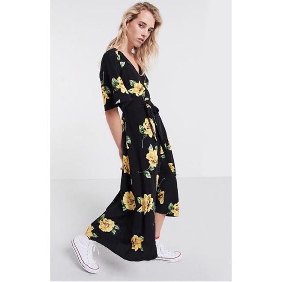 090c7b1503e0 ASOS Dresses & Skirts - ASOS x Nobody's Child | Floral Wrap Midi Dress